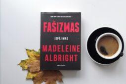 Madeleine Albright – Fašizmas