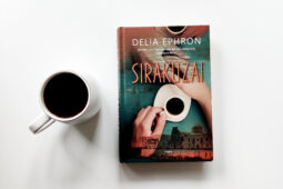 Delia Ephron – Sirakūzai