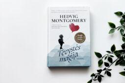 Hedvig Montgomery – Tėvystės magija